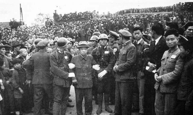 日本战犯伏法被诛现场图片 张张高清大快人心