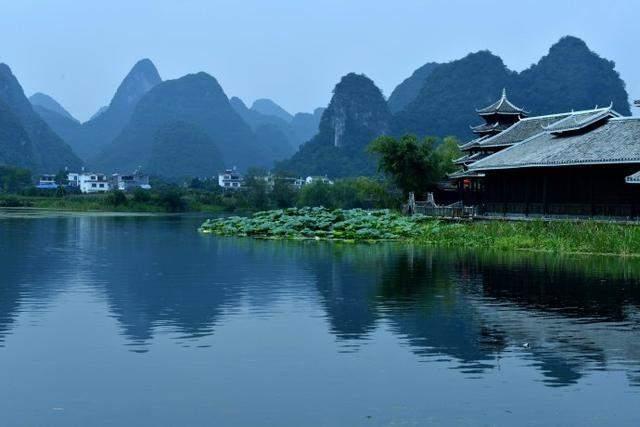 桂林漓江风景区是世界上规模最大,千百年来它不知陶醉