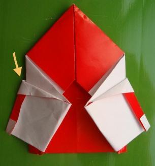 长寿;放上你的袜,会一股恶臭;呵呵,赶快洗脚别把圣诞老人熏跑哟!   3.圣诞来临举世欢,圣诞老人身边伴。红帽红袄白胡须,喜气洋洋人间现。送来礼物人欢笑,送来祝福保平安。快快乐乐圣诞迎,幸福生活万万年!祝圣诞快乐!   4.雪花纷飞,飘落了吉祥;驯鹿飞驰,驮来了好运;铃声叮当,传来了喜讯;圣诞到了,送来了祝福:祝你圣诞快乐,心想事成,阖家幸福,天天开心!