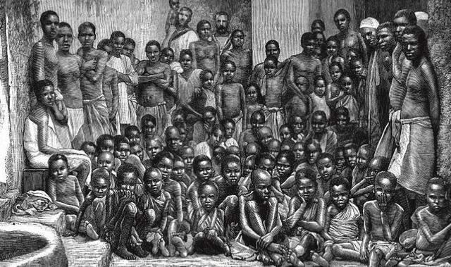 运输黑奴时 奴隶贩子为什么通常要将黑奴剥得精光 不给衣服穿?-激流网