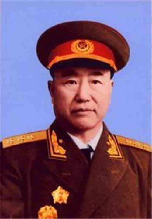ag电子游戏官网:他以第一的成绩考进军校,_曾是国民党上将