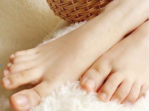 人体实验室: 你最后的小脚趾上有几瓣指甲? - 文理医生 - 文理医生