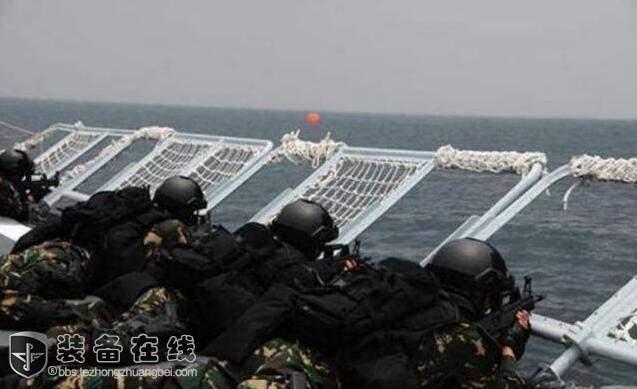 产 防弹背心 解放军单兵装备已达世界先进水平