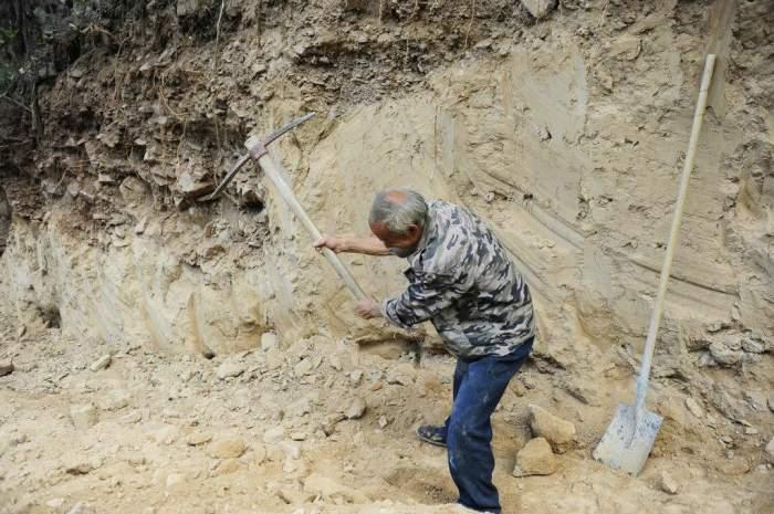 寻找56年前的红旗渠挖渠人:73岁老汉,回忆里全是吃树皮的苦难! - 淡雅~如菊 - 淡雅`如菊 ⌒_⌒ 爱摄影 爱生活