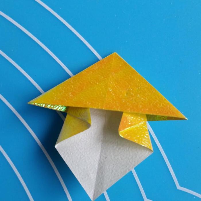 小朋友蘑菇折纸步骤图解