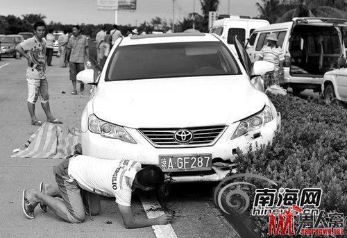 新手撞死园林工叫嚣赔钱就是了 对死者视而不见仅担心车损
