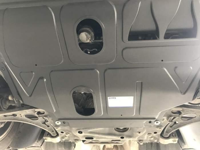 发动机舱的灰尘是怎么进去的?