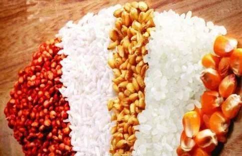 在这个过程中,越来越多的的谷物类粮食被用来酿酒使用,有高粱,大米