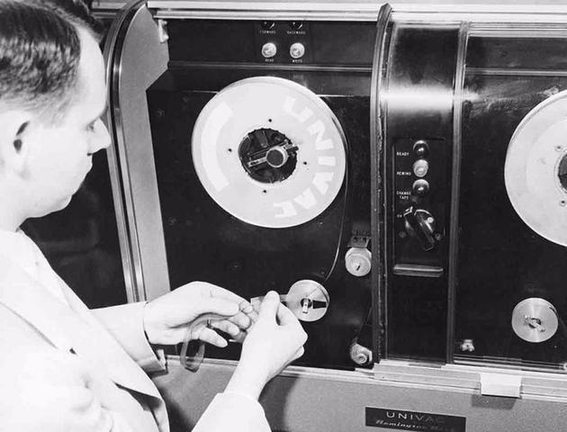 为什么磁带不会被淘汰,还会是数据存储的未来,背后的真实原因?