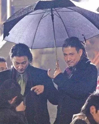 这部电影中,刘德华只能当配角,张学友一路开挂插图2