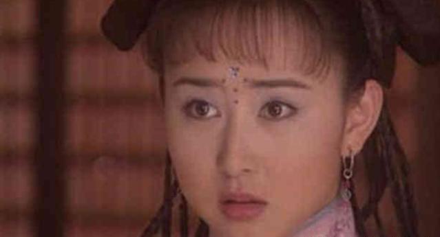 """红极一时嫁入豪门,如今""""阔太梦""""碎了,满脸玻尿酸风光不再!"""