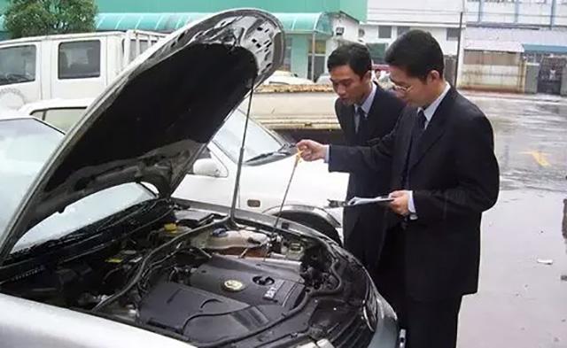 买车时怎么辨别是不是新车,买车时如何挑新车