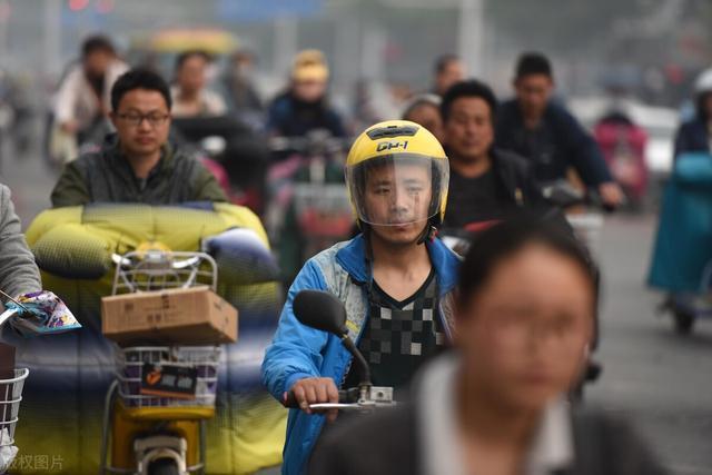 为什么禁摩托车,禁摩 为什么没人抗议