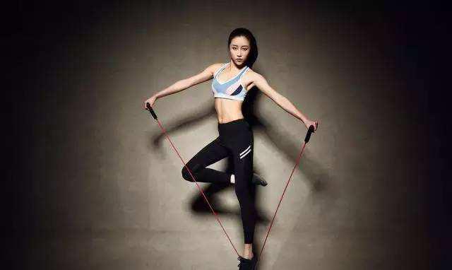 坚持每天跳绳1000个,一个月后身材会有怎样的变化
