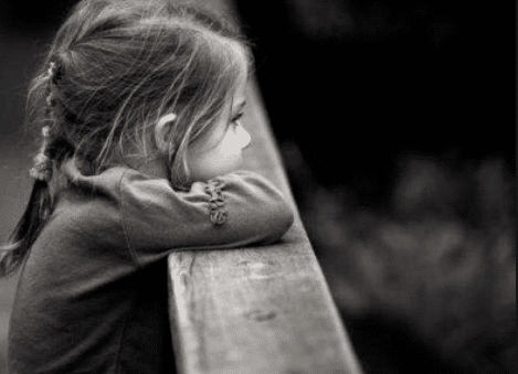 孩子抑郁症的前兆有哪些?家长们务必要重视这些举动!