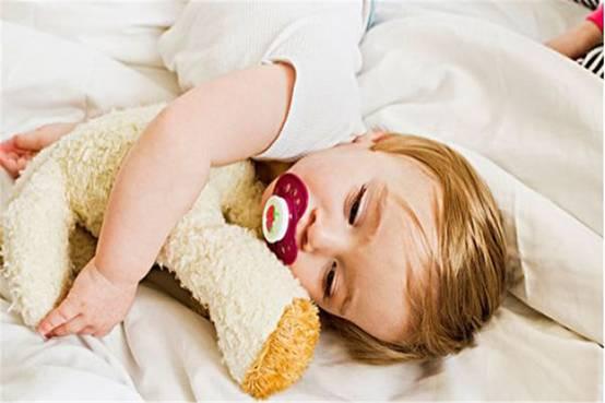 《慧姐育儿研究课》:宝宝有这种行为父母要重视,为未来成长做好工作