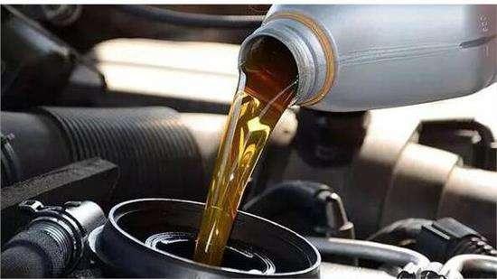 一年换一次机油可以吗,普通小店换机油靠谱吗