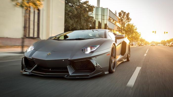 现代小车有哪几款车型,年轻人适合开什么车10万左右