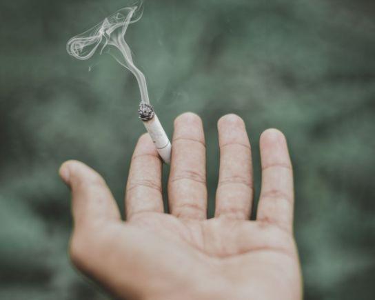吸烟有害身心健康,那二手烟对人身体造成的伤害,你了解吗