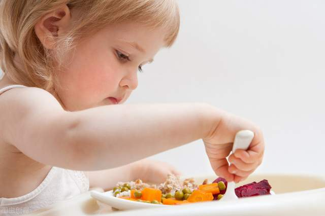 宝宝维生素C缺乏,会有这6个症状毛发干枯免疫下降很常见