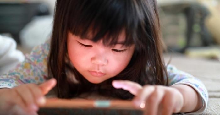 延后开学游戏销量飙升:孩子易上网成瘾!2招开学前改善手机使用