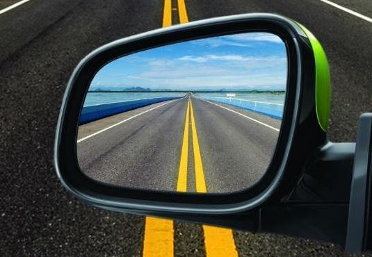 汽车没有后视镜的国家,印度汽车没有后视镜是真的吗