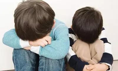 """""""经常挨打""""和""""从不挨打""""的孩子,将来差距明显,家长别不在意"""