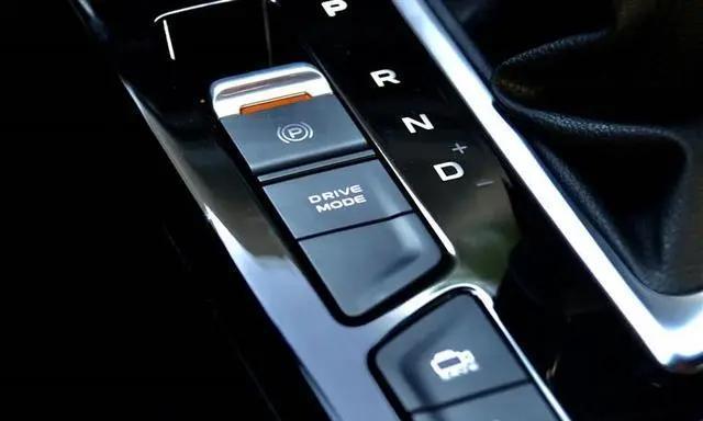 行车中按到一键启动怎么办,一键启动怎么发车