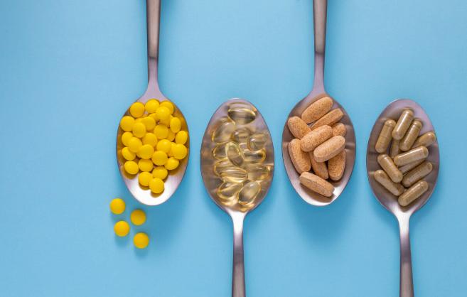 感冒后尿蛋白升高怎么办?不想肾功能恶化,教你2招应对