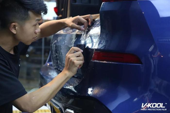 汽车贴膜后洗车有影响吗,汽车贴膜用洗车吗