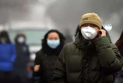 中国之声抗击疫情小贴士:整天戴口罩,脸上长痘痘怎么办?(有声版)