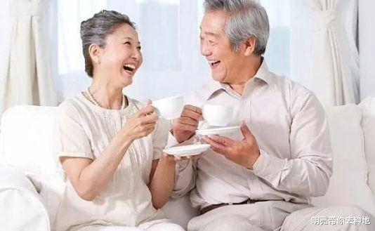 春天到了,老年人该如何做好保养?医生: 3个点非常重要