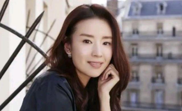 黄晓明和李菲儿一同台,浪姐2就有话题度了,何况还有那英和张柏芝