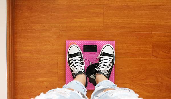 女性减肥期间,哪些水果越吃越胖?常吃这些水果,瘦不下来也正常