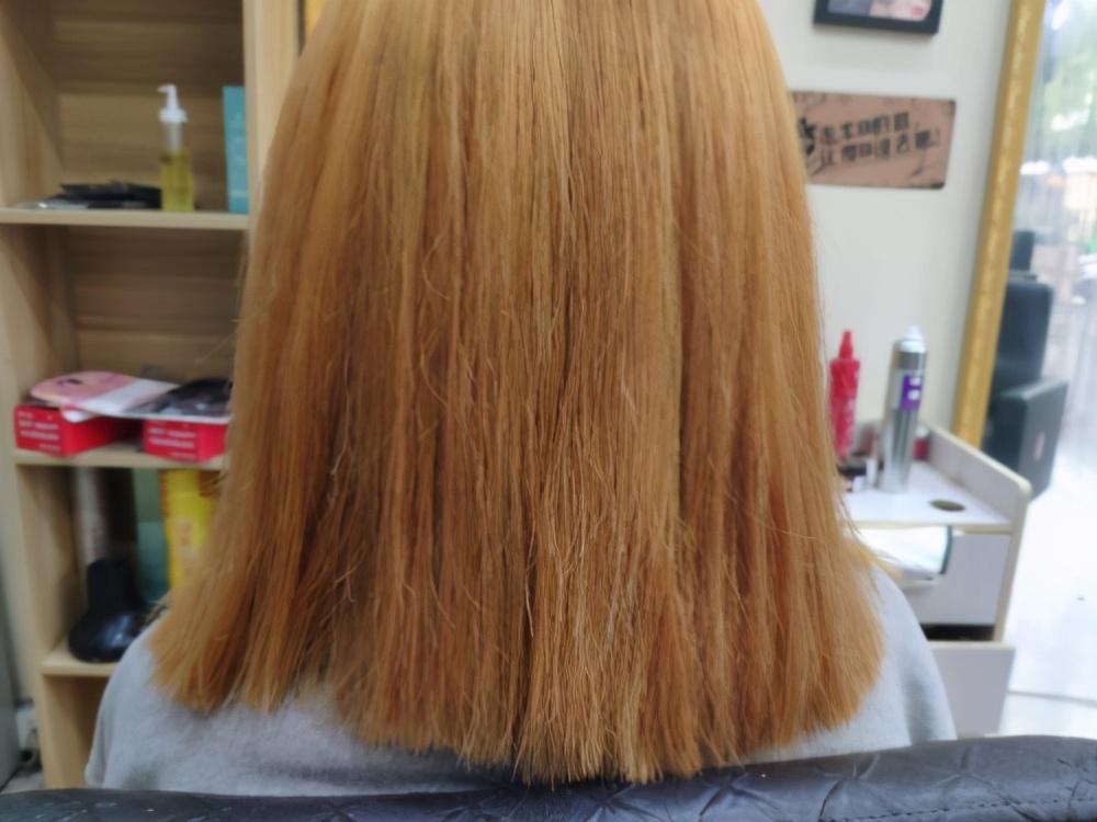头发总是大把的脱落是为什么?这3个原因需了解,早知早预防