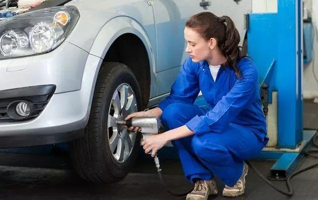 汽车轮胎跑多少公里更换,汽车轮胎一般跑多少公里需要换
