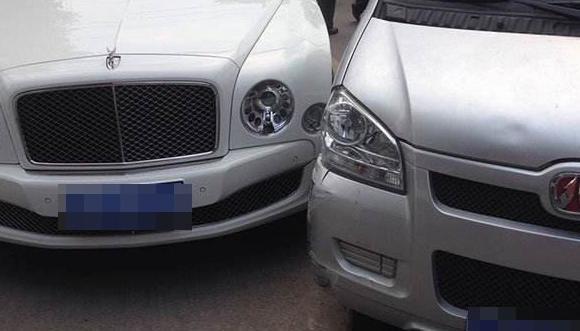 车身划痕修复方法,车身小划痕怎么处理