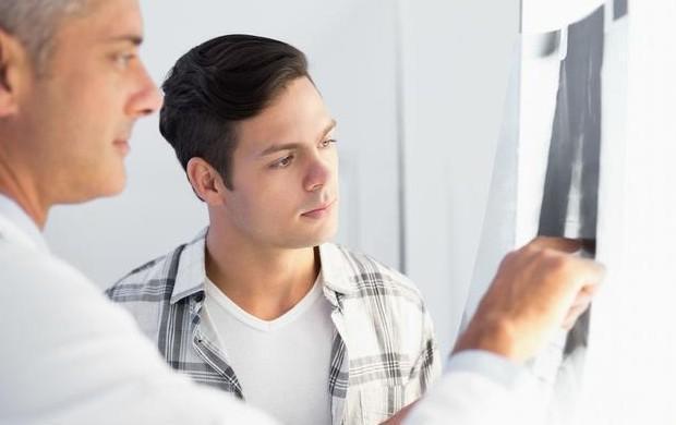 """28岁男子突然肾衰竭,医生:这""""玩意""""肾毒性太强,太多人还在滥吃"""