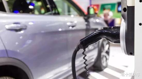 混动车的电池寿命,油电混动车电池能用多少年