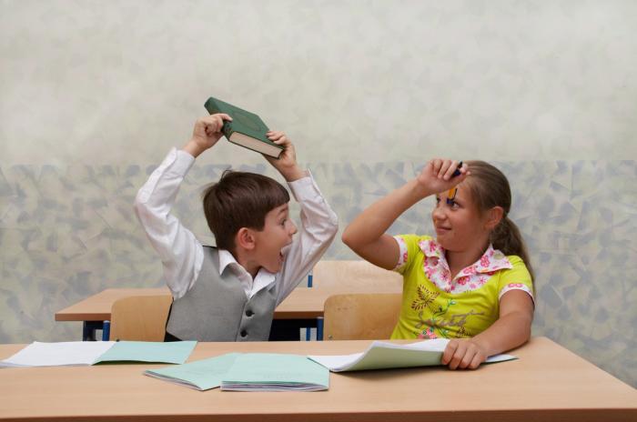 父母是把赚钱放在首位,还是把孩子的教育放在首位?