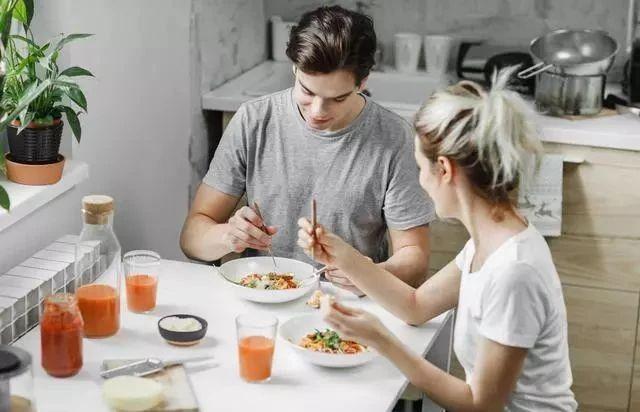 """最长肉的主食,第一种堪比""""喝油"""",减肥的人,忍住就是赢!"""