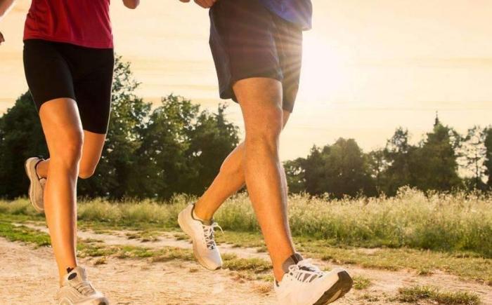 跑步伤膝盖?怎么运动缓解?-健康百科