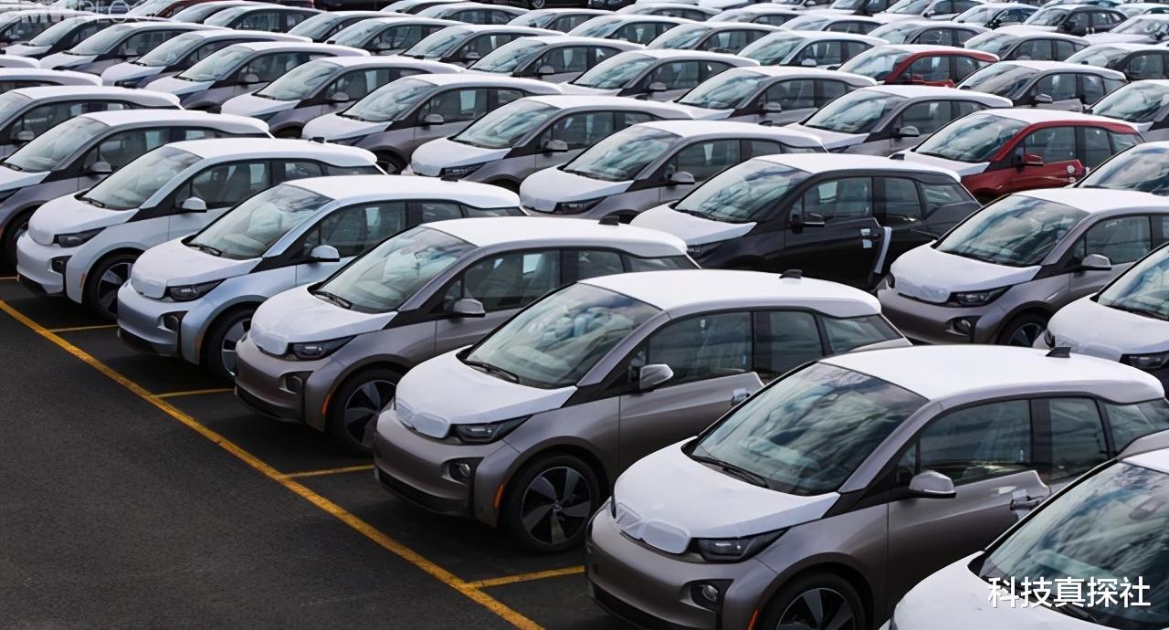 百度官宣造车上热搜!中国新能源汽车市场,呈井喷式发展