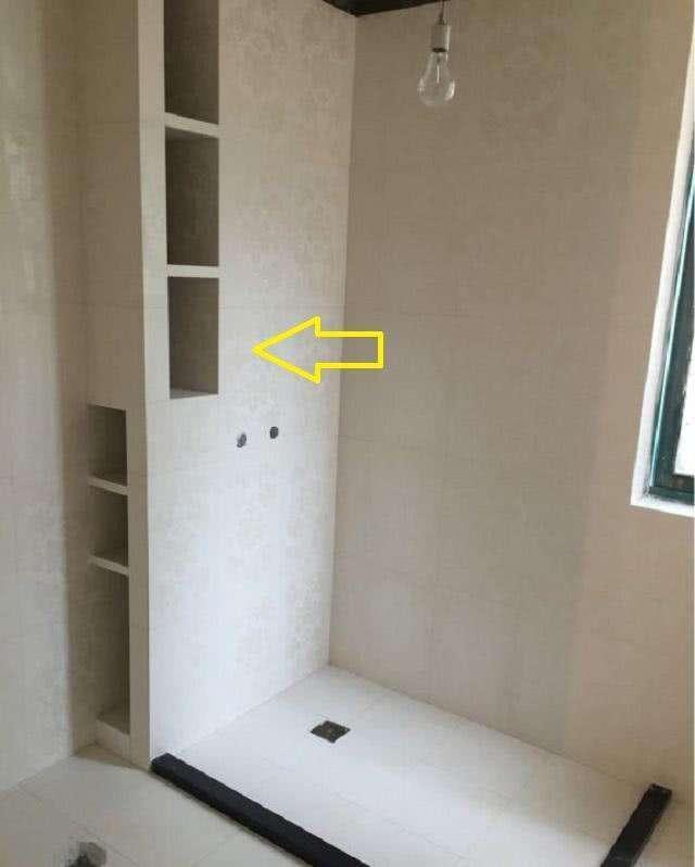 卫生间小放不下洗衣机怎么办,衣服多到三个衣柜都放不下