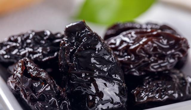 冬至将至,肾气不足的多吃这几种黑色食物,补肝益肾且养血明目