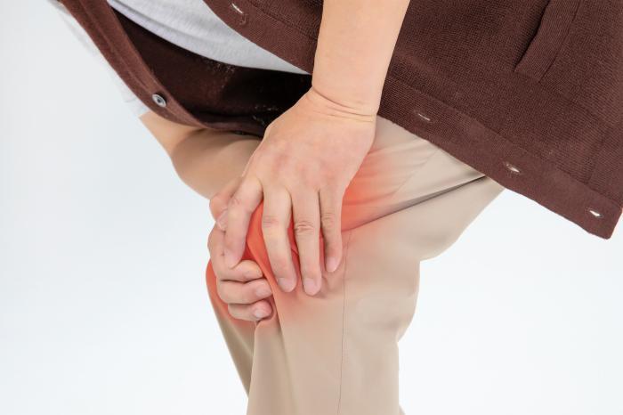 关节莫名疼痛?类风湿性还是痛风性关节炎?二者差别在这里