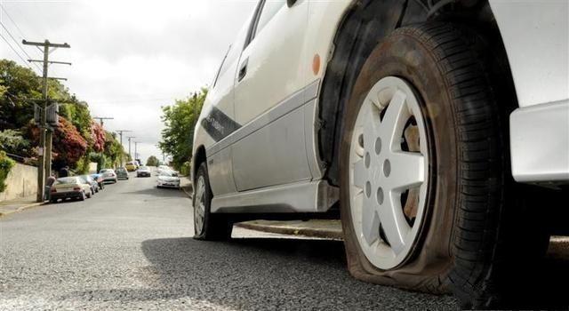 防爆胎和普通的轮胎哪个好,宝马防爆胎能换成普通轮胎吗
