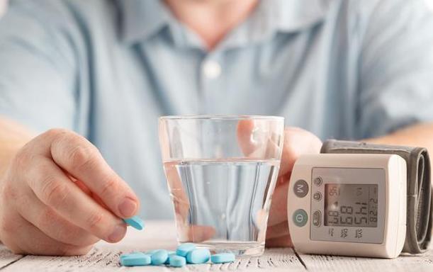 高血压患者如何才能健康长寿?医生总结的经验,不妨来了解