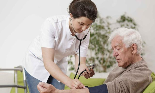 糖尿病肾病可以预防吗?医生提醒:预防不如定时筛查