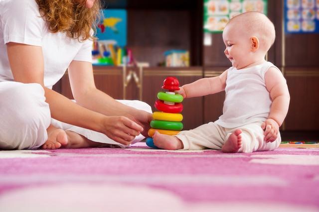 这些小游戏给孩子玩,简单有趣,还能开发智力